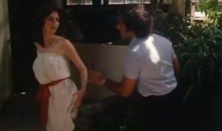 होटल में इतालवी हिंदी सेक्सी वीडियो फुल मूवी एचडी पुलिस द्वारा सभी छेद में माँ